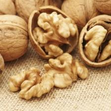 Грецкий орех оптом: выгодно или нет?